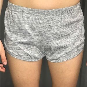 Light grey loose shorts
